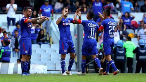 Cruz Azul recupera el liderato y asegura pase a la Liguilla