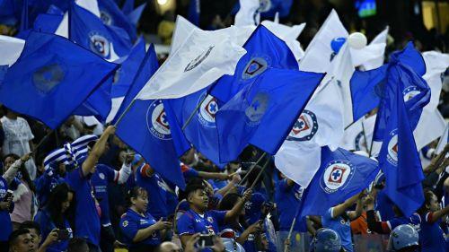 Afición de Cruz Azul durante un partido