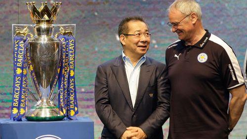 Jugadores del Leicester City acuden a Bangkok al funeral de Vichai Srivaddhanaprabha