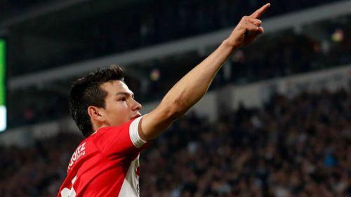 Chucky Lozano desea una oportunidad en Premier League