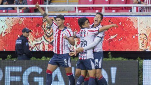 Revela Chivas la playera para Mundial de Clubes; sólo venderán 2018