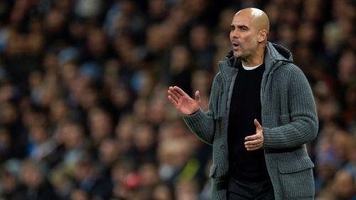 Pep Guardiola durante el partido del Manchester City