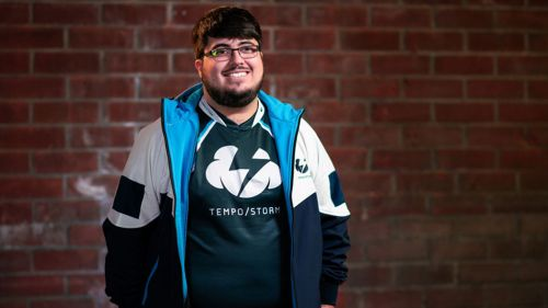 ZeRo, enfundado en la camiseta del equipo Tempo Storm