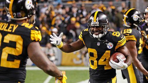 Roethlisberger y Steelers exhiben su fuerza ofensiva ante Panthers