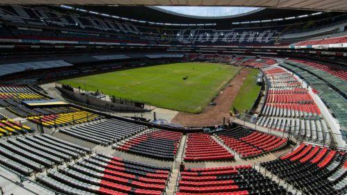 Foto panorámica de la cancha del Estadio Azteca