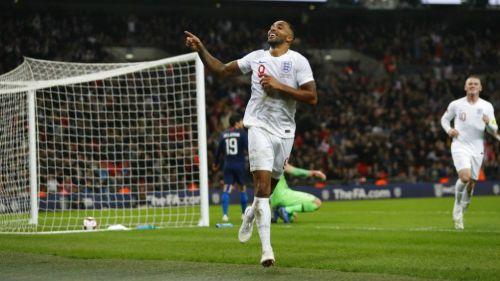 Wilson celebra gol contra Estados Unidos