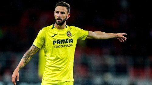 Miguel Layún, durante un juego con Villarreal
