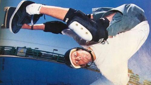 Tony Hawk realizando un truco en 1995