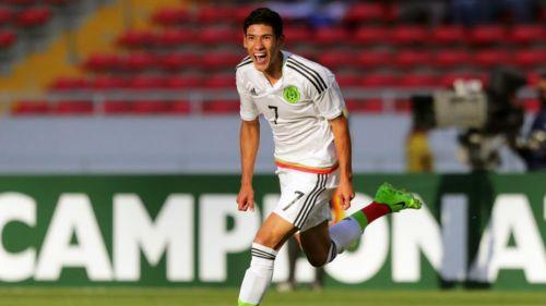 Uriel Antuna festeja un gol con la Selección Mexicana sub-20