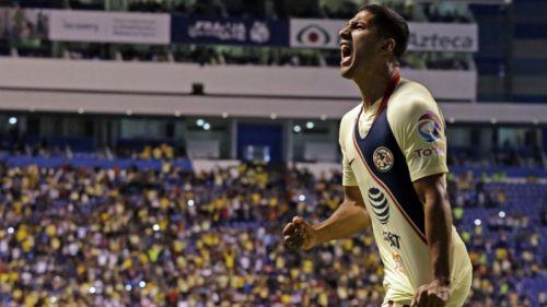 Cecilio Domínguez en festejo de gol