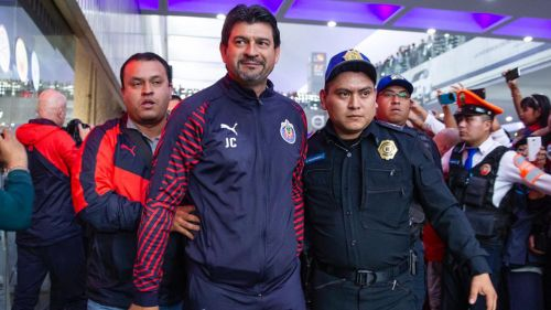 Cardozo, en su llegada al aeropuerto de la CDMX