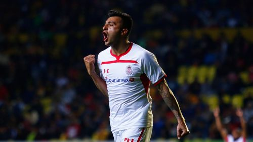 Enrique Triverio en festejo de gol