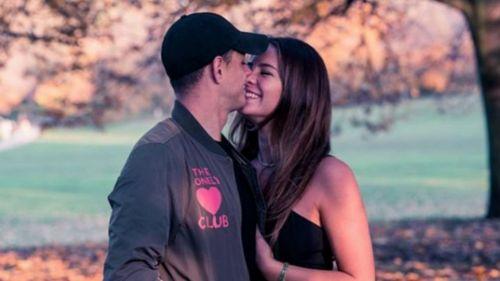 ¡Chicharito y Sara Kohan anunciaron que serán papás!