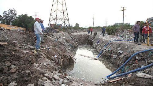 Vecinos observan fuga en Ecatepec