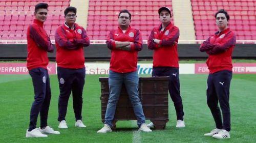 La escuadra de Chivas para competir en Clash Royale