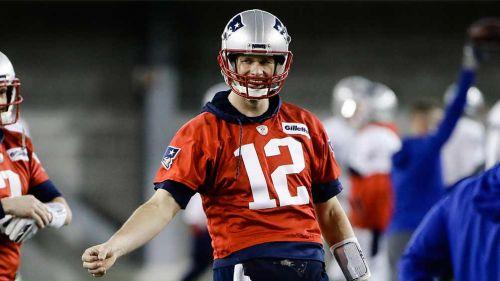 Por broma a Tom Brady despiden a productor de TV