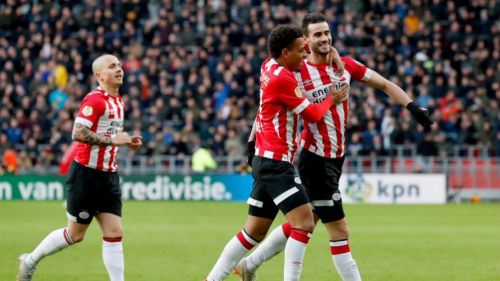 Pereiro festeja gol contra el Fortuna Sittard