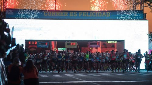 Momento de la salida en el Medio Maratón Electrolit de Guadalajara