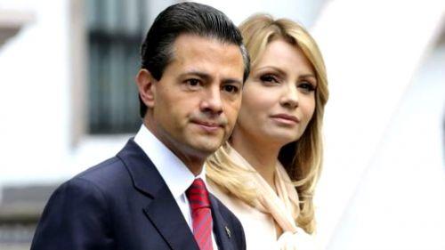 EPN y Angélica Rivera arriban a una conferencia de prensa
