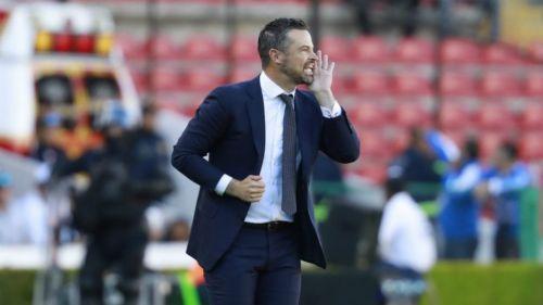 Rafa Puente Jr. durante un juego del Querétaro