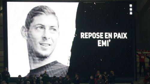 Emiliano Sala recibe homenaje tras su muerte