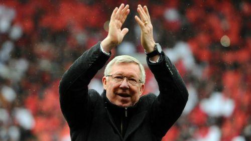 ¡Ferguson regresa como técnico del Manchester United!