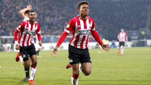 ¡Medio centenar!, 'Chucky' Lozano presente en rescate del PSV de último minuto