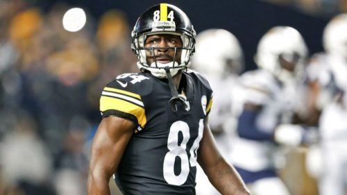 Antonio Brown durante un partido de Steelers