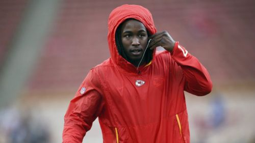 NFL suspende a Kareem Hunt de los Browns