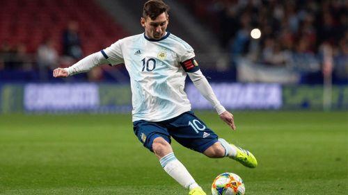 Messi remata en un duelo amistoso con Argentina