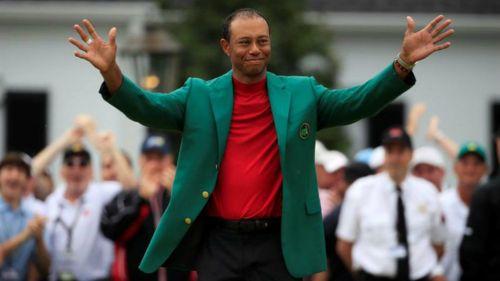 Tiger Woods celebra tras coronarse en el Torneo Masters 2019