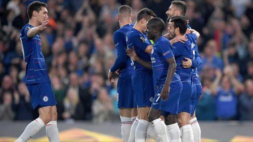 Jugadores del Chelsea celebran un gol en casa