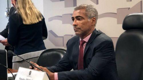 Valdiram, excompañero de Romario, muere en Brasil