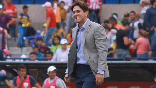 Bruno Marioni en un partido de Pumas