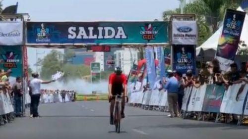 Maldonado cruza la meta del Gran Giro Electrolit Guadalajara