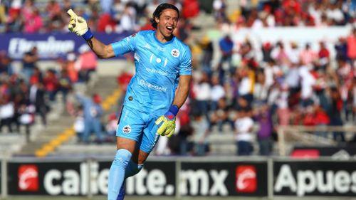 Chivas confirma a Toño Rodríguez
