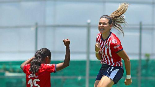 Norma Palafox, en festejo de gol