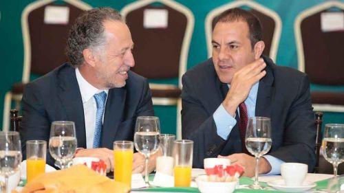 Patricio Arana habla con Cuauhtémo Blanco