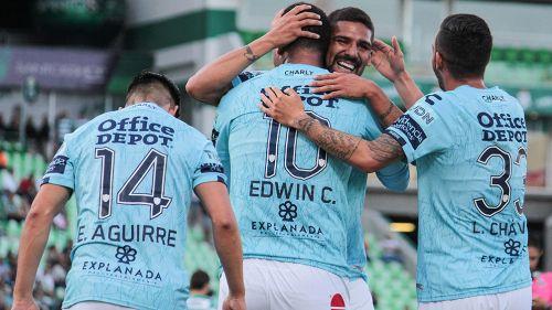 Los Tuzos celebran un gol en el TSM