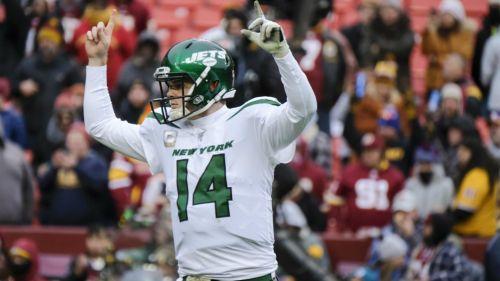 Sam Darnold, quarterback de Jets, celebrando una anotación