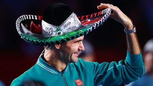 Roger Federer con un sombrero de charro en su visita a la CDMX