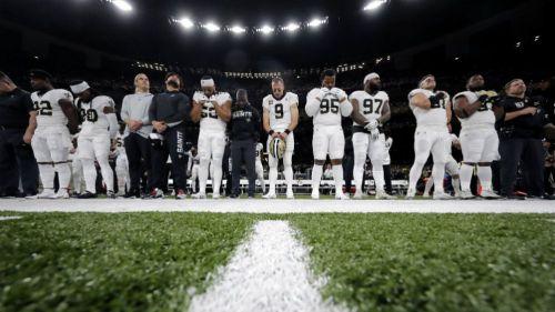 Jugadores de Saints guardan minuto de silencio