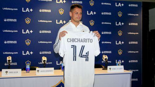 Chicharito, durante su presentación como jugador del Galaxy