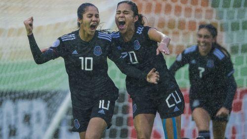 Selección Mexicana en celebración
