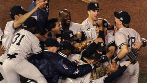 Jugadores de los Yankees celebraron el título de 1998
