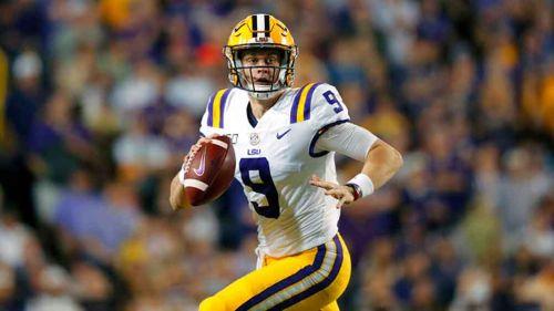 El nuevo quarterback de Cincinnati en un partido con LSU
