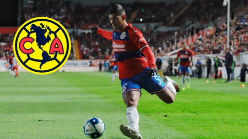 Víctor Guzmán durante un juego de pretemporada con Chivas