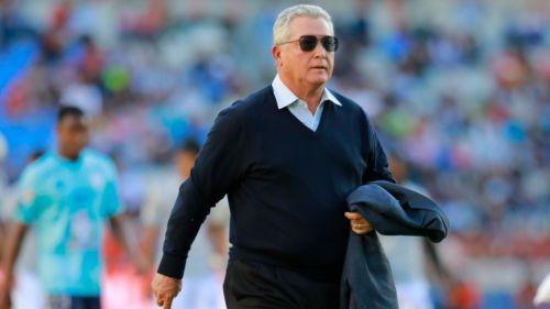 Víctor Manuel Vucetich durante un partido con Querétaro