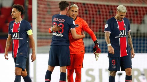 Jugadores del PSG tras un empate