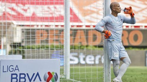 Sebastián Sosa durante un partido con Mazatlán